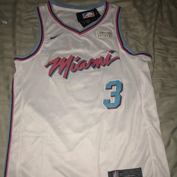 huge discount 4f6f1 3d701 Dwyane wade the city Miami Heat Jersey NWT
